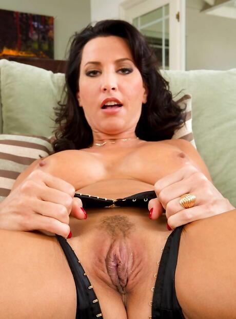 Big Tits Stepmom Pictures