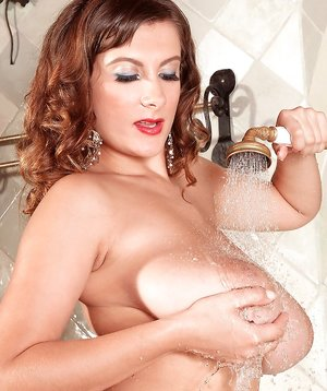 Tits in Shower Pictures