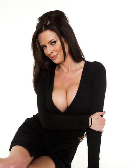 Famous Big Tits Pictures
