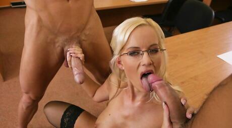 Big Tits, Cock Suck Pictures