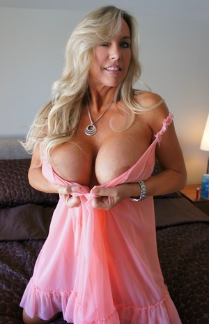 Wife Tits Pictures