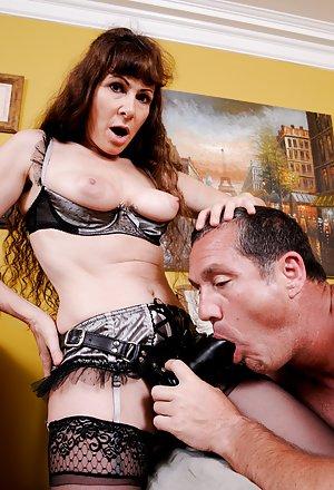 Bisexuals Tits Pictures