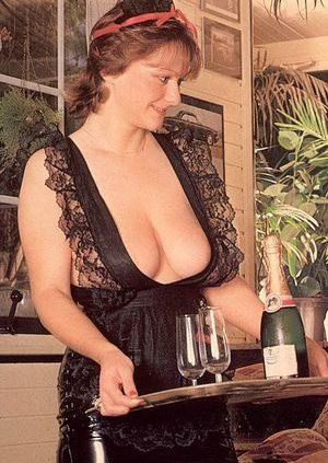 Retro Big Tits Pictures