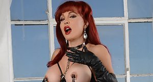 Kinky Big Tits Pictures