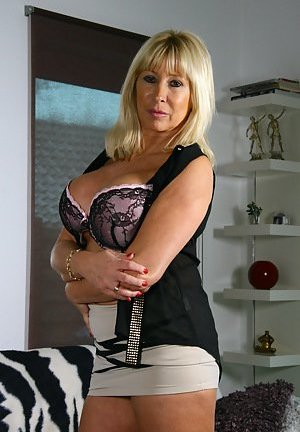 Mom Tits Pictures