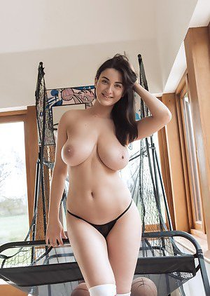 Babes Tits Pictures